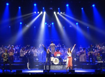 SWEDE SENSATION with their show ABBA IN SYMPHONY